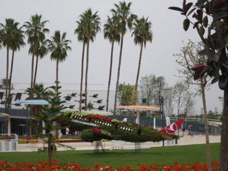 Суреттер сөйлейді: Антальядағы EXPO қалай өтуде?