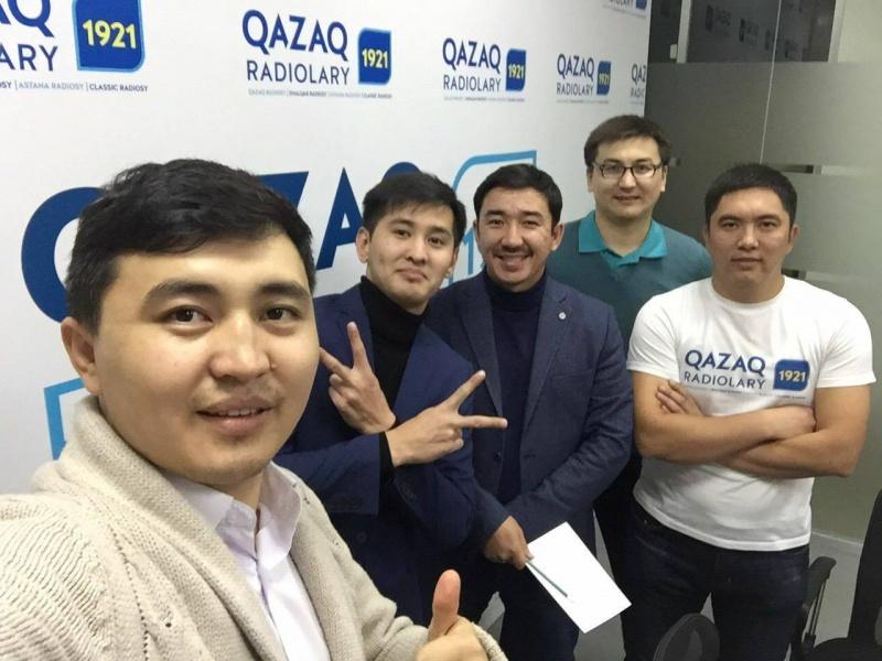 Интеллектуалдық ойындар: Ой-Зерек радиобағдарламасының 2017 жылғы 14 қазанындағы шығарылымында қойылған сұрақтар