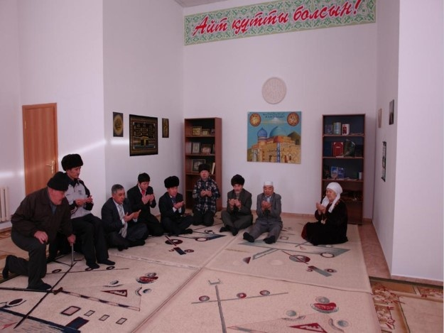 Блог - rakisheva: Қарттардың жағдайын суреттер айтсын