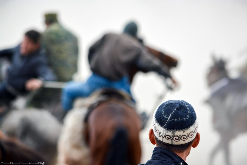 Суреттер сөйлейді: Өткендегі қала әкімінің кубогіне ұлттық ат спорт түрлерінен жарысқа қатысты фотосуреттерім