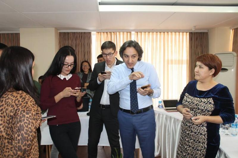 Блог - vebred: Нәзия Жоямерген, журналист: Қазақ журналистерінің кәсіби шеберлігі ешкімнен кем болмауы тиіс