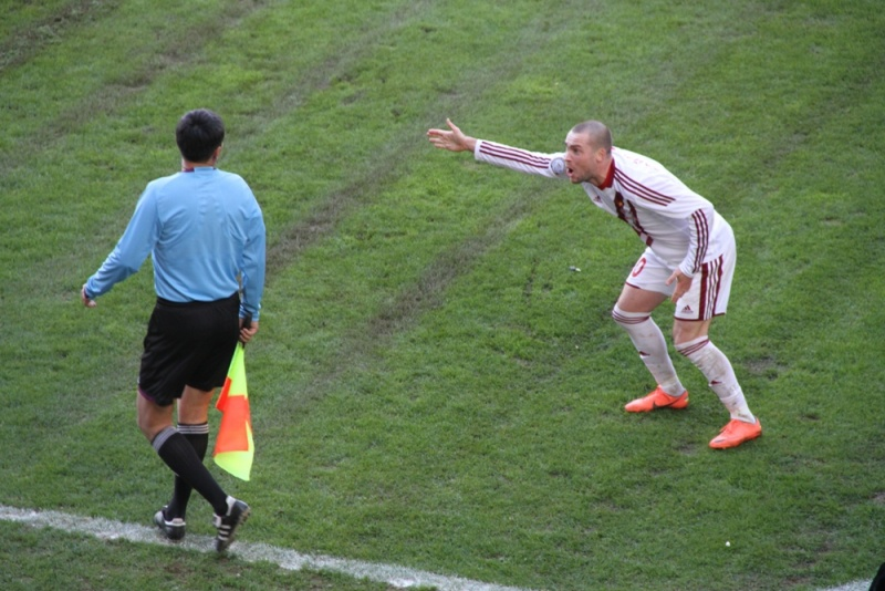 Футбол, тек қана футбол!: FC Aqtöbe vs Ordabasy 2-2 немесе Біз - чемпионбыз, достарым менің, біз соңына дейін күресеміз (тек қана footолар)