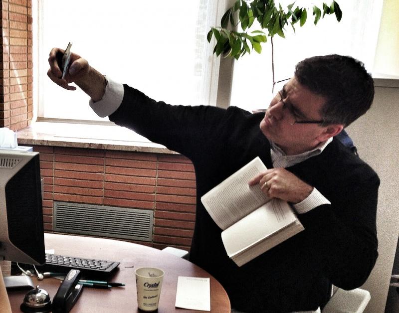 Блог - aikarakoz: Болмысты боямалау немесе Әлеуметтік желідегi бетперденiң 8 түрi