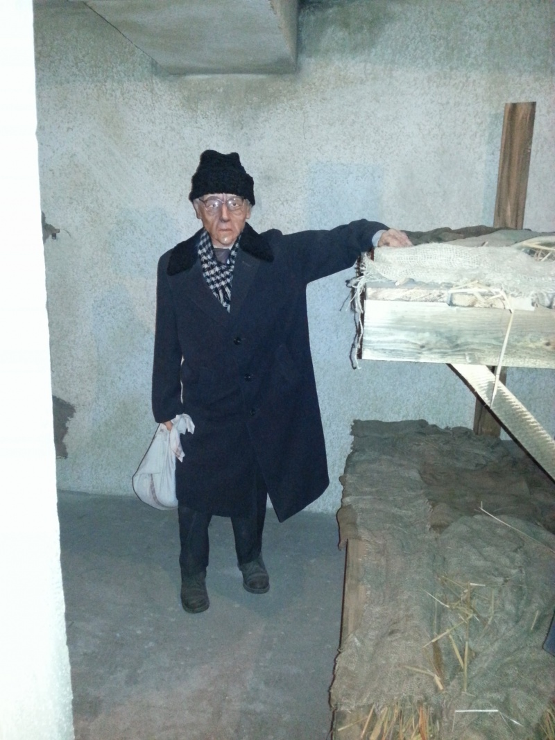 Блог - askhatkyzy: Репрессия құрбандарының мекені болған КАРЛАГ!