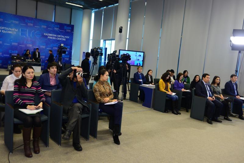 Блог - MeihuaZheng: Журналистерді аккредитациядан өткізу не үшін керек?
