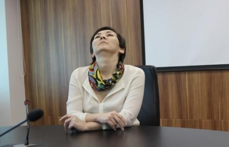 Блог - MeihuaZheng: Жаңа жұмыс орнындағы баспасөз хатшысы: нені неден қалай бастаған дұрыс