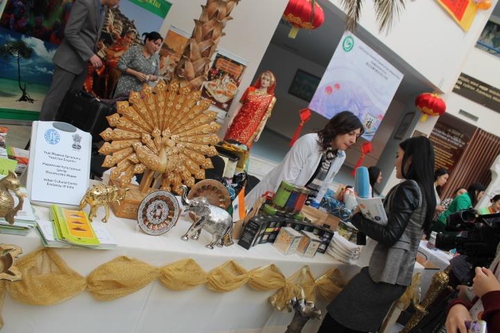 Керек тілші: Мәдениеттер тоғысындағы шай фестивалі