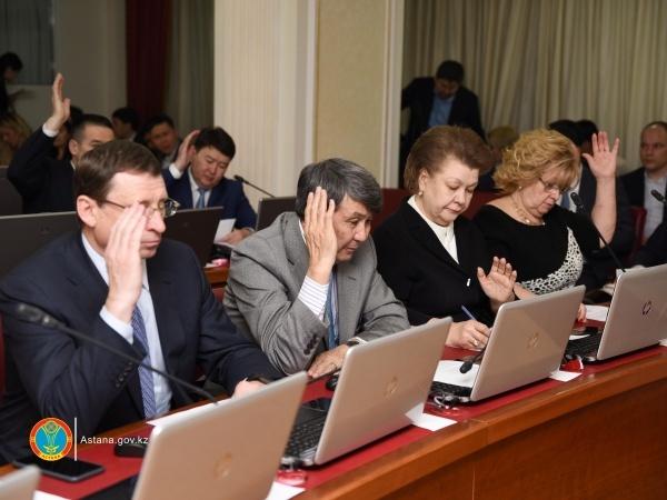 Астана жаңалықтары: Қоғамдық кеңес көлік мәселесін талқылады