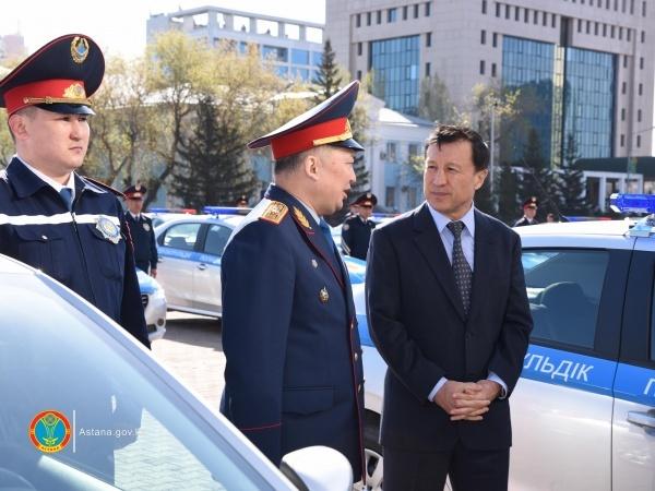 Астана жаңалықтары: Астанадағы полицейлік автопарк 35 автокөлікпен толықты