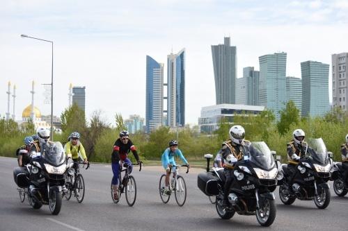 Астана жаңалықтары: Астанада велошеруге 2000 астам адам қатысты