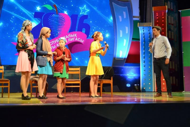 Блог - jaidarman: Қазақша КВН ойындарының екінші жартылай финалы қорытындыланды